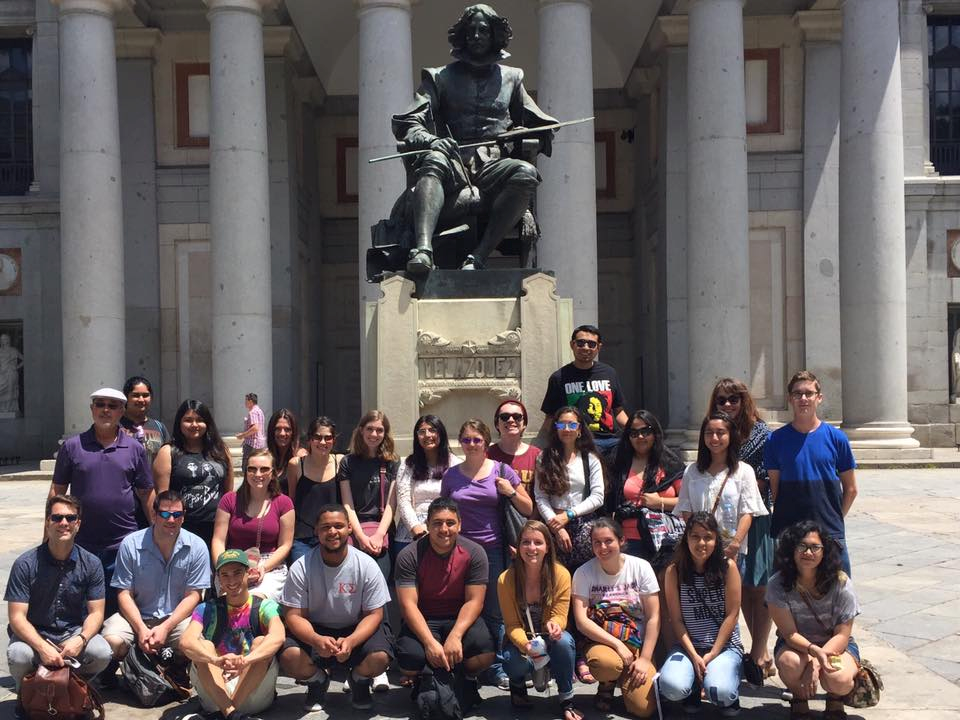 Students studying abroad in Leon, Spain.