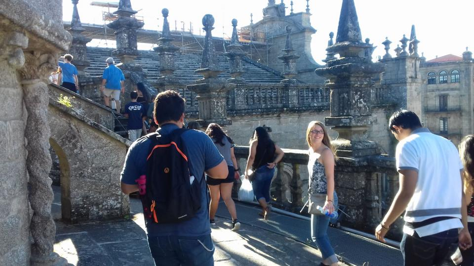 Students participate in the Leon study abroad program in Summer 2016